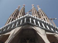 海鮮を堪能したらバルセロナ観光のメイン サグラダ・ファミリアです。