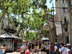 天気もよく バルセロナの中心地でショッピングスタート。