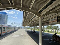 浜松から3つ先の弁天島駅で降りました。