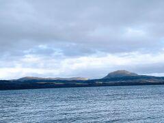 美幌峠から見下ろす屈斜路湖もキレイでしたが、ここから見る屈斜路湖もフツーにキレイでした。