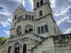 大谷石造りの立派な教会に遭遇