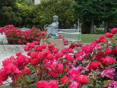 赤い靴はいてた女の子像 (山下公園)