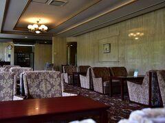 館内を巡り、喫茶「翆」で一服することに 飲み物はすべて、1,000円です。 キャラメル マキアートをいただきました。