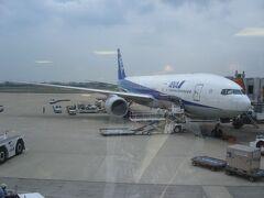 ANA23便はお馴染みのB777-200による運航でした。