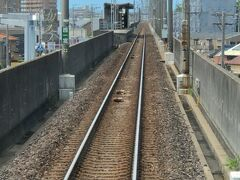 高架線のまま、西一宮駅停車