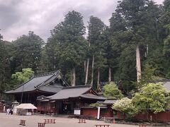 二荒山神社とさっと詣で。  神社前のバス停からバスに乗ってホテルに戻ります。