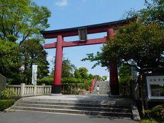 東京十社の一つ、「亀戸天神社」へ。 菅原道真公を祀り、亀戸の天神様として親しまれている神社です。