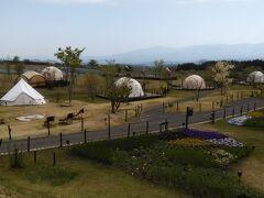 こちらはキャンプエリアとなっています。コロナのためキャンプがブームだとか。