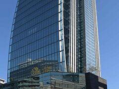 新潟日報メディアシップには最上階に展望回廊が。
