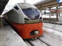 ここから3日目  山形から郡山→仙台→新青森と新幹線乗り継ぎ。 新青森からは特急つがるで青森へ。