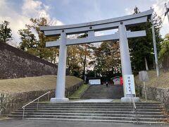 るーぷる仙台に乗って、仙台城へ向かう。(護国神社はパス)