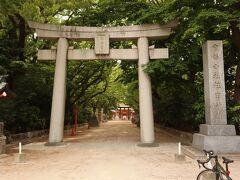 朝9時にホテルを出発。 本日も快晴で、サイクリング日和。  始めに、筑前國一之宮 住吉神社に到着。