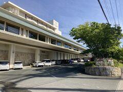1<ホテル ウェルシーズン浜名湖> 今日のお宿は、舘山寺温泉にある「ホテル ウェルシーズン浜名湖」。 ここに併設されている日帰り温泉「花咲の湯」や「ランチバイキング」で何度も訪れているけれど、宿泊は初めて。