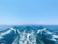 この写真だけを見たら、ほぼ海ですよね!   お天気が良かったのと、湖北エリアの琵琶湖は特に水もキレイなので、遠くまで青く見えます。