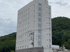 私が宿泊したのは湯村ホテルB&Bさんです。