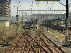 【その2】からのつづき  浜金谷駅から内房線の上り電車に乗って、まもなく君津駅に到着。
