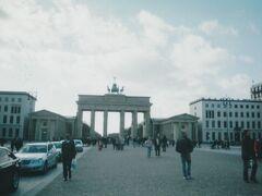 ブランデンブルク門を東側から眺めたスナップ。