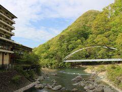 川治温泉に宿泊して、翌日帰りました。 (翌朝は一瞬晴れもその後は雨)