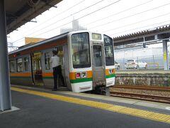 多治見駅でも乗り換えです。
