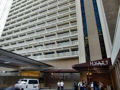 ホテルは、ハイアットリージェンシー(Hyatt Regency Atlanta)です。四つ星の高層ホテルです。