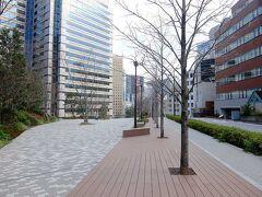 ホテル・オークラ東側の江戸見坂公園