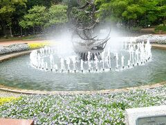 日比谷公園南西側入口の鴎の噴水
