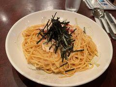 タコとたらこの和風スパゲティが美味しかったです。 何より店員さんの接客の良さにほっこりしてしまいました。