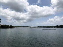 少し雲が出てきたけど、湾内で凪なんでほとんど揺れはなし(^_^)