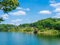 宮沢湖を見ながらの散策。