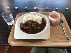 ひとまずレストランニューサンコーにてハヤシライスで腹ごしらえ