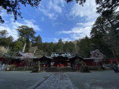 その後、午後は箱根観光をしました! プリンス箱根芦ノ湖からすぐ近く、箱根神社へ行きました。