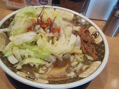 濃厚な煮干しスープ。 味も風味も強烈で煮干し好きには溜まらない