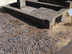 善福寺参道には、昔からの井戸があります。柳の井戸といいます。