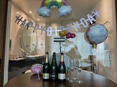 愛が溢れるbirthday partyをして頂き 本当に感謝感謝のkikiさん  なんのお返しも出来ませんが とにかく笑顔でこれからも頑張ろうと思ったよ  Mahal ~~