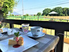 Cafe SORA  05月01日(土)    ランチセットに付いている チーズケーキ&コーヒーで デザートタイム~~♪♪