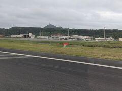無事に与那国島へ到着。 これまで搭乗したフライトの中で最短路線(80マイル)でした。