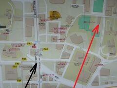 大倉集古館は、虎ノ門ヒルズ駅の北側にあります。  高台の上にありますので、坂を上ります。