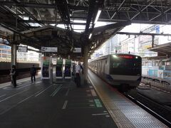 常磐線の快速電車で、土浦へと向かいます。今だに、新橋駅から常磐線の電車に乗れるという感覚がピンときません。