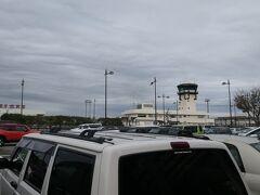 9:15  富山きときと空港に到着。