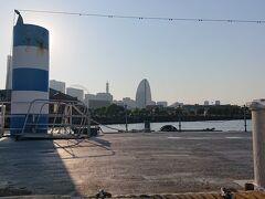 シーバスの駅の一つ「ピア赤レンガ桟橋」です。