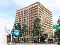 千駄ヶ谷門の近くの「三井ガーデンホテル」、立派なホテルです。