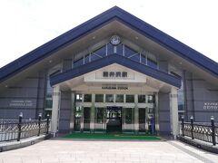軽井沢駅を抜けて、アウトレット方面にいきます。それにしても、冬の軽井沢のようで、静かです。