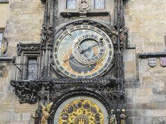 有名な天文時計及び時計の仕掛け人形を見学しました。