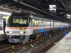 そして、およそ4時間近くかけて名古屋駅に到着。ディーゼル特急「ひだ号」に揺られての名古屋入りというのも、なかなか乙なもの。久々の宿泊巡業に、満足な2日間となりました。。