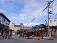 ホテルに荷物を預け、レンタル自転車を。 男鹿駅にもありますが温泉郷でも借りれます。 予約しておいたので、スムースでした。   男鹿のレンタル自転車 https://oganavi.com/news/2021/04/02203440/