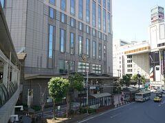 午後2時に横浜で、サッカー終わったカズキと妹と待ち合わせ横浜ベイシェラトンホテル&タワーズへ