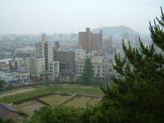 湯築城から見た松山市内