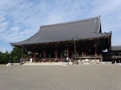 東本願寺(阿弥陀堂)(真宗大谷派の本尊)