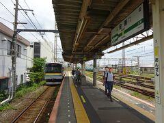 朝にも乗った区間を走って、4つめの安善駅で降りた。