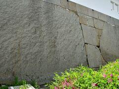 大坂城 大手門枡形の巨石。